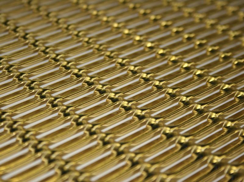 metal deploye laiton