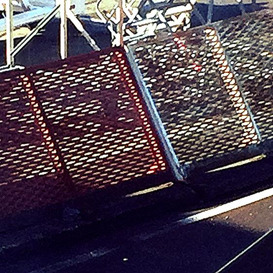barriere antisouffle aéroport en metal deployé