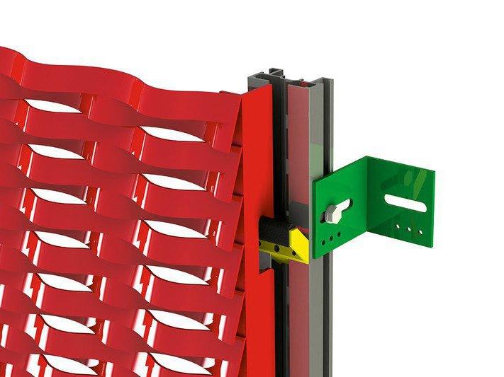 systeme de fixation pour montage du métal déployé en façade