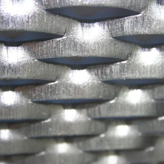 maille de metal deploye en aluminium brosse (METAL ETIRE)