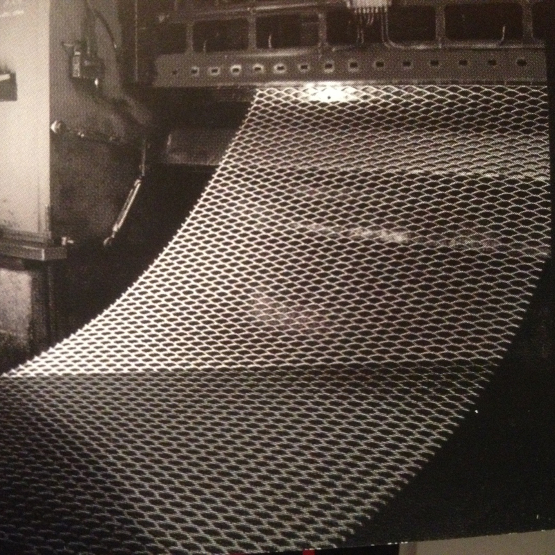 production de feuille de metal deploye