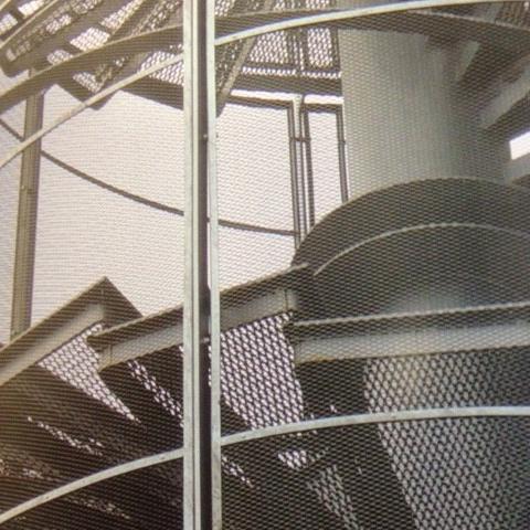 escalier en métal déployé galvanisé