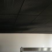 bac autoportant en métal deploye aluminium thermolaqué noir