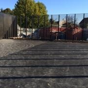 clôture métal étiré inox